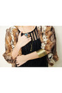 Gold-aero-manila-necklace-brown-clothes-for-the-goddess-blazer