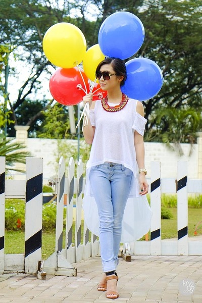 red WAGW necklace - white WAGW top