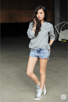 heather gray WAGW sweater