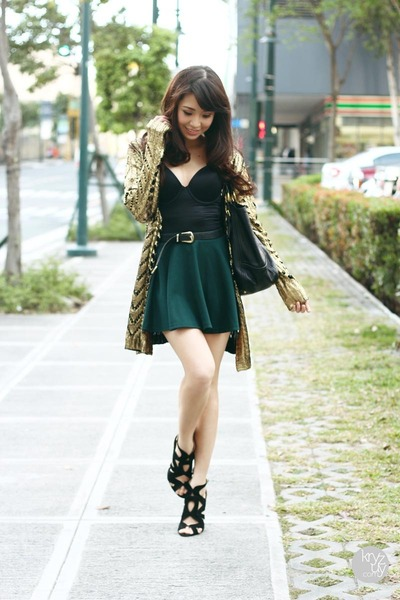 teal giftsahoy skirt - black wacoal top - gold romwe cardigan