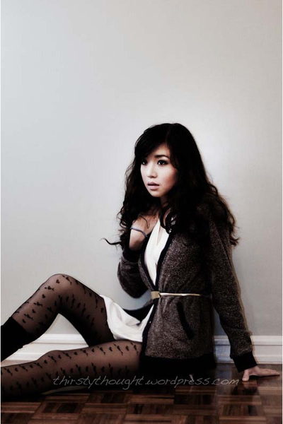 gray httpwagwmultiplycom sweater - white httpwagwmultiplycom top - black Topshop