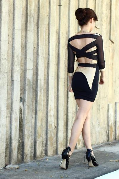 black Us trendy dress