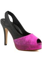 Rouge-heels