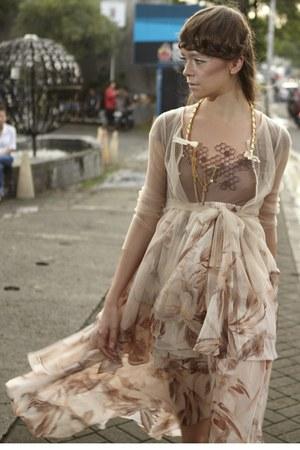 beige PAPERDOLLS dress