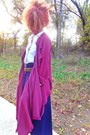 Black-thrifted-vintage-boots-white-old-navy-top-navy-thrifted-vintage-skirt
