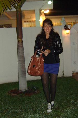black blazer - Forever 21 skirt - Converse shoes - black Forever 21 tights - bro
