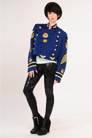 blue la vintage jacket - white la vintage jacket
