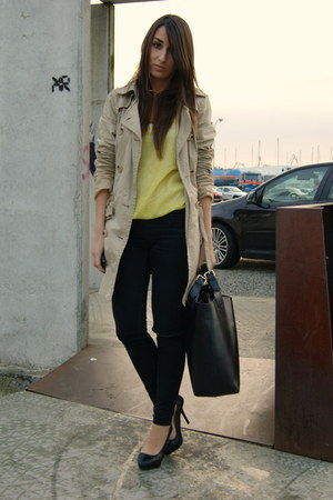 yellow neon Bershka top - camel trench Zara coat - black leather Zara bag