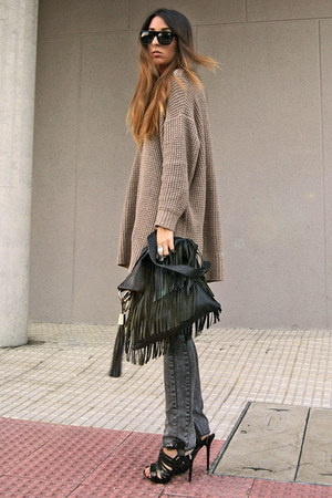 black fringe Zara bag - camel Zara sweater
