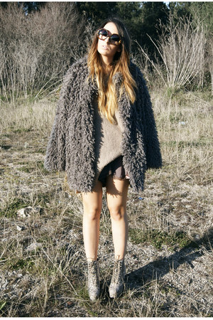gray Svmi-e coat - puce free people shorts
