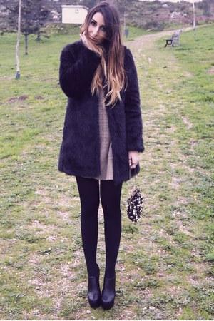 black Zara coat - carrot orange fair season bag