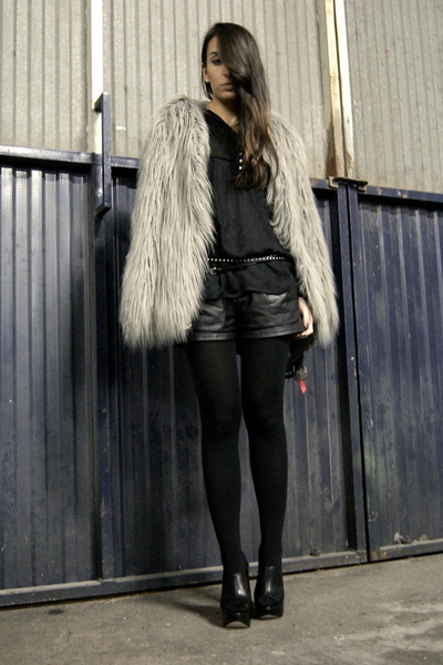 heather gray faux fur Zara coat - black Zara shirt - black leather Zara shorts