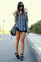 dark gray snakeskin Zara shirt - black Zara shorts - black Zara clogs