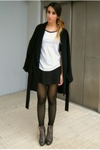 black Zara coat - light brown Bershka boots - black Zara skirt