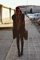 crimson High Heels Suicide hat - camel romwe sweater