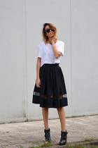 black romwe skirt