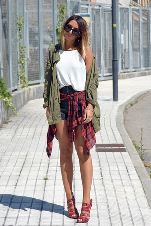 maroon asos shirt