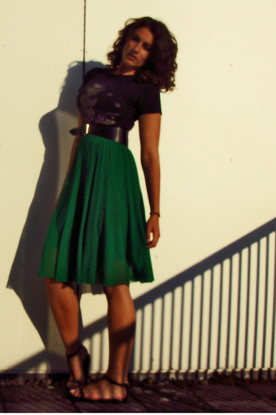 t-shirt - belt - H&M dress - Blowfish