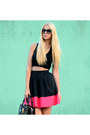 Black-patent-leather-louis-vuitton-bag-black-prada-sunglasses