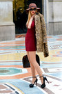 Crimson-zara-dress-camel-mango-coat-dark-brown-h-m-hat-louis-vuitton-bag