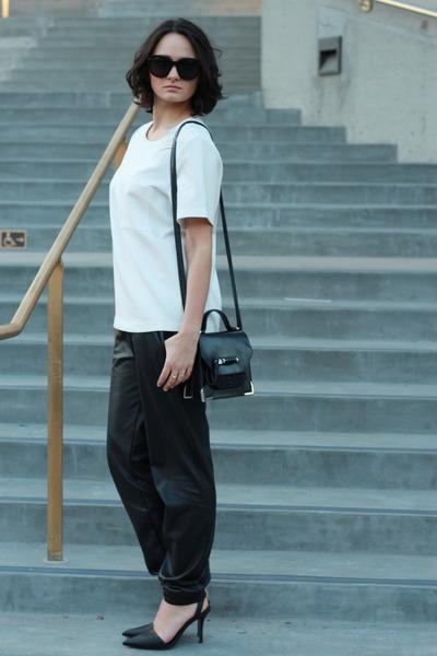 black leather Mackage bag - black Celine sunglasses