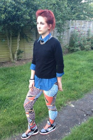 print Primark leggings - denim Primark shirt - black vintage jumper