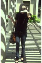 Supreme hat - aa shirt - Blank jeans -