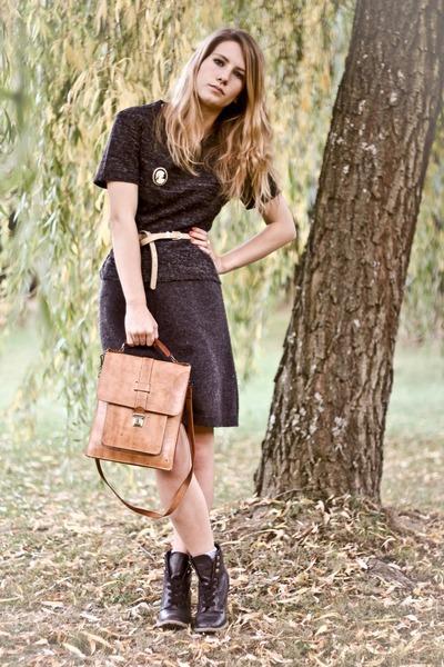 black Bata shoes - gray vintage shirt - beige vintage bag - gray vintage skirt