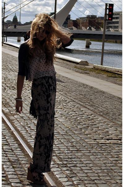 gray Miss Selfridge cardigan - gray Topshop top - gray River Island skirt - blac