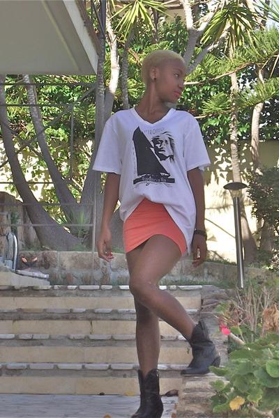 black vintage boots - salmon H&M skirt - white vintage t-shirt