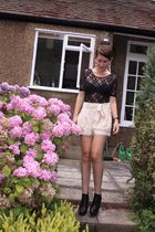 black Sportsgirl shirt - beige H&M shorts - black sam edelman shoes