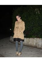 brown Cooper by Trelise coat - brown Kazui shoes - gray Dotti socks - black Dont
