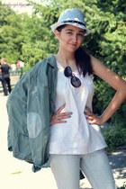 GE-ORO bracelet - Tex jeans - united colors of benetton jacket - Mexx sunglasses
