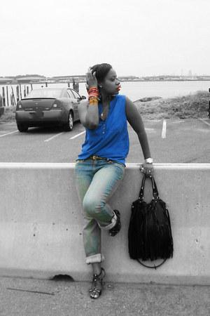 black H&M bag - light blue DKNY jeans - blue H&M blouse - black Nine West heels