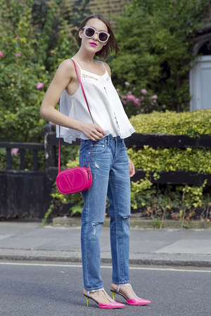 Sophia Webster shoes - Lovers  Friends jeans - Valentino bag
