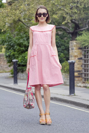Cath Kidston bag - People Tree dress - Wildfox sunglasses - Gap wedges