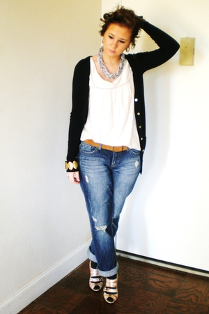 beige French Connection top - blue Express jeans - blue Zara cardigan - pink Nin