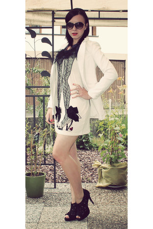white New Yorker blazer - white dress Lanvin for H&M shirt - black Deichmann hee