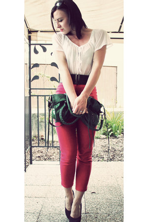 red vintage jeans noname jeans - dark green belloiris noname bag - white H&M blo