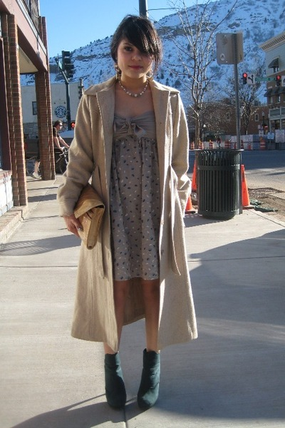 beige vintage coat - green turquoise Local Boutique boots - beige BCBG dress