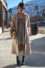 Beige-vintage-coat-beige-bcbg-dress-green-local-boutique-boots-beige-vinta