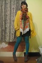 green H&M tights - brown Forever 21 shoes - black shorts - orange vintage blouse