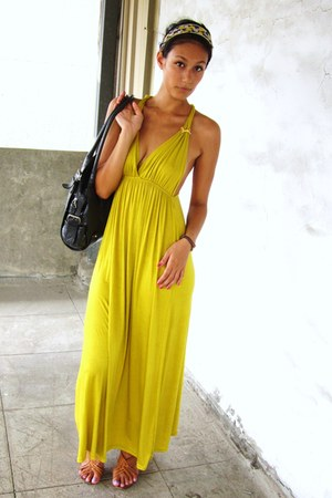 yellow maxi dress - gray Fiorelli bag - blue accessories - tawny sandals