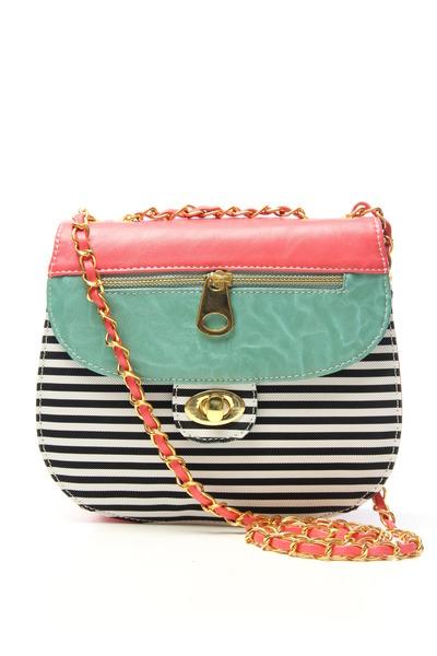 Nila Anthony purse