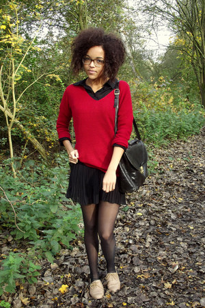 red Kenzaa sweater - brogues shoes - pleat Kenzaa skirt