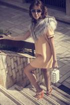 nude Moschino dress - silver Carlo Ramello coat