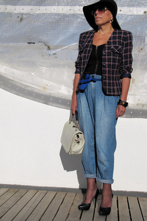 Zara jeans - vintage blazer - corset H&M bodysuit