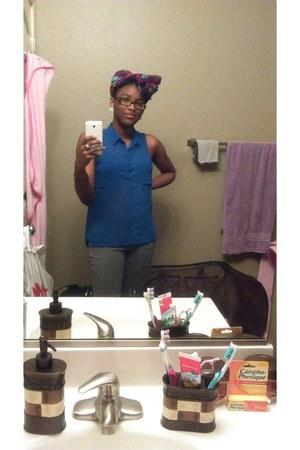 blue blouse - heather gray pants