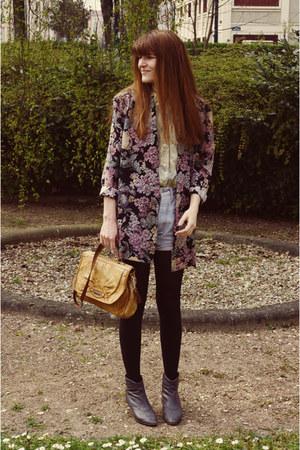 vintage boots - vintage blazer - vintage shirt - vintage bag - vintage Levis sho