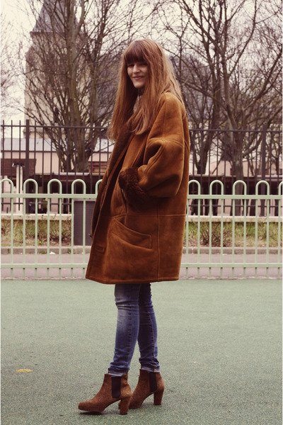 vintage boots - crimson thrifted coat - blue Zara jeans
